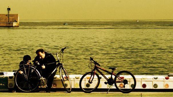 il-mare-in-riva-alla-città.jpg -